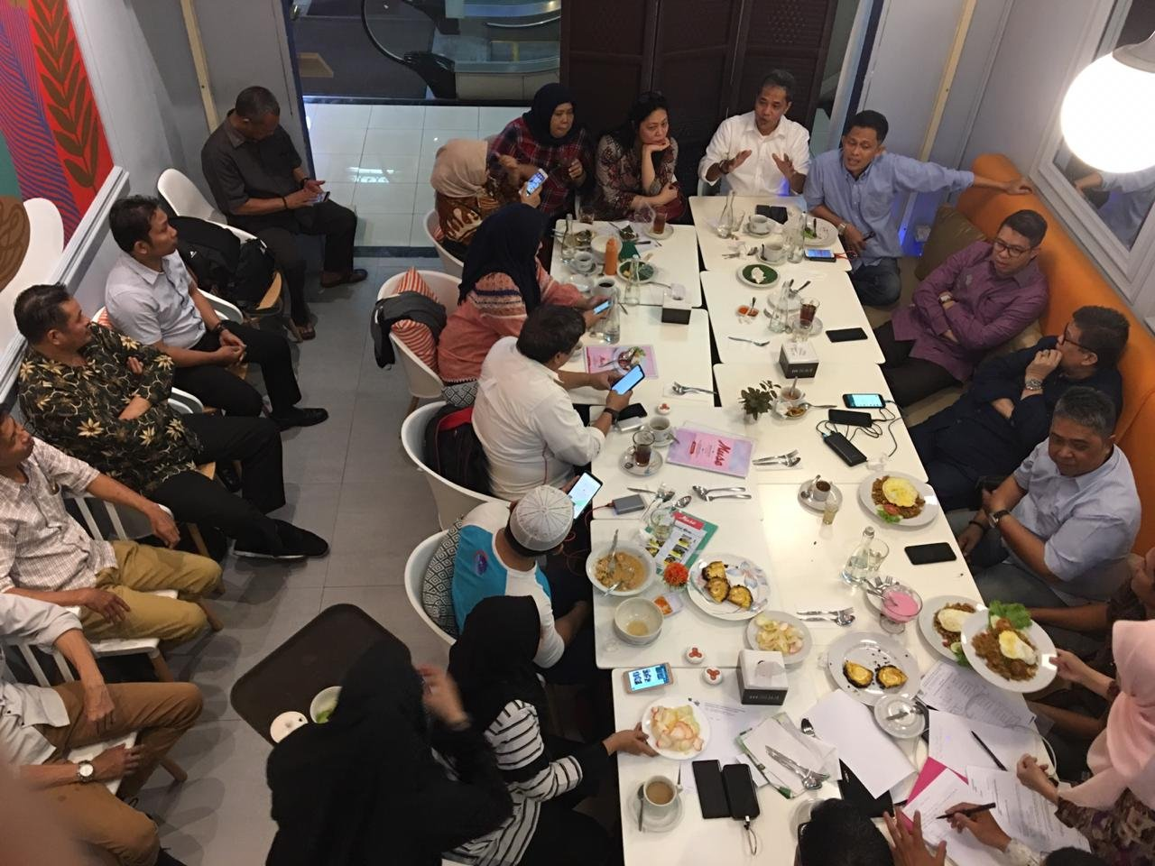 Rapat persiapan pelantikan dan raker di Muse Authentic Food Dharmawangsah Square